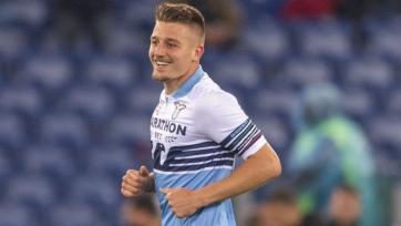 «МЮ» возобновил интерес к хавбеку «Лацио»