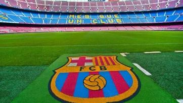 «Барселона» отвергает обвинения в коррупции и грозит судом
