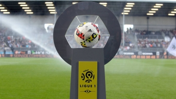 Лига 1 закончила. Власти Франции запретили возобновление массовых видов спорта до сентября
