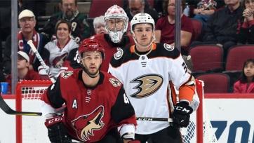 Нападающий клуба НХЛ стал кандидатом на переход в «Барыс»