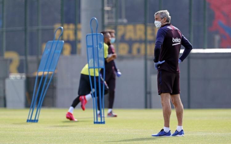 ФОТОФАКТ. В «Барселоне» возобновились тренировки
