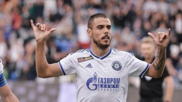Три футболиста «Оренбурга» не смогли улететь в Россию
