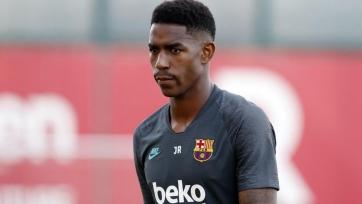 «Барселона» и «Интер» согласны включить Фирпо в сделку по Мартинесу