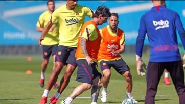 Игроки «Барселоны» отказались от второго сокращения зарплаты