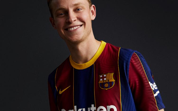 «Барселона» представила официальную форму будущего сезона-2020/2021. Фото