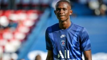 «Бавария» объявила о подписании защитника «ПСЖ» Куасси