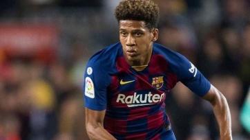 «Бенфика» может арендовать защитника «Барселоны»