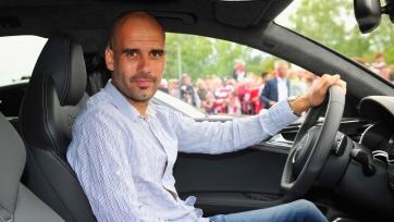 Хороший тренер, плохой водитель. 4 машины, которые Гвардиола успел разбить в Англии