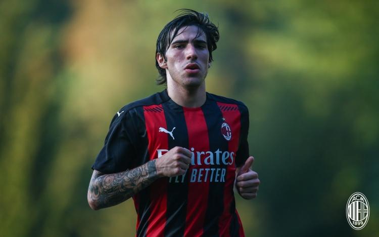 Первое упущение Конте. Почему переход Сандро Тонали в «Милан» еще аукнется «Интеру»