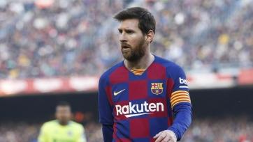 Официально. Месси остается в «Барселоне»