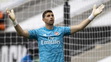 «Астон Вилла» переманивает голкипера «Арсенала» большой зарплатой