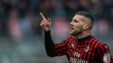 «Милан» подписал на постоянную основу своего лучшего бомбардира