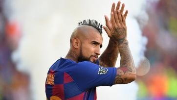 В «Барселоне» подтвердили уход Видаля