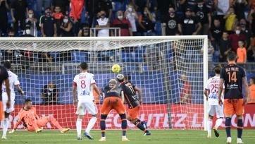 «Монпелье» обыграл «Лион» в матче с двумя удалениями