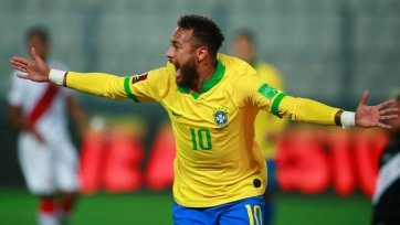 Неймар вышел на второе место в реестре голеадоров сборной Бразилии
