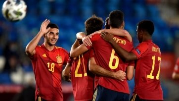 Энрике вернул в сборную Испании Морату и Коке