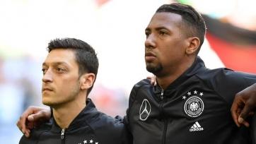 Озил: «Самое время вернуть Боатенга в сборную Германии»