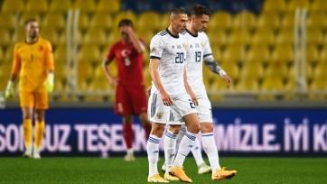 Россия разгромно проиграла Сербии и осталась в Лиге В