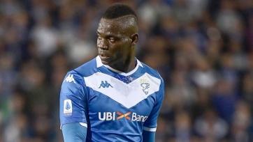 Балотелли приостановил поиски нового клуба до января