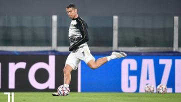 Роналду отметился голом в 15-м сезоне Лиги чемпионов подряд