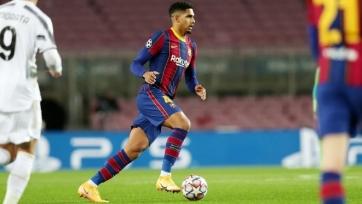 Защитник «Барселоны» Араухо дал оценку названию пенальти за падение Роналду