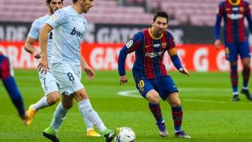 Очередной скальп фаворита. «Барселона» потеряла очки в матче против «Валенсии» на «Камп Ноу»