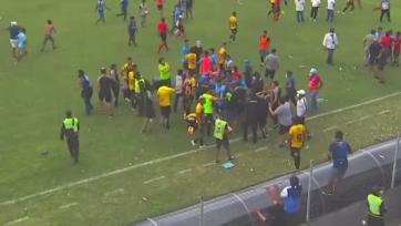 В Боливии подрались футболисты и болельщики