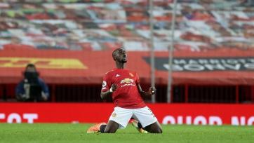 «Манчестер Юнайтед» продлил беспроигрышную серию, обыграв «Астон Виллу»