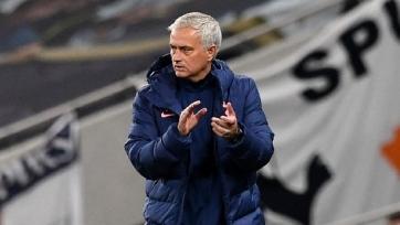 Моуринью может войти в историю Кубка английской лиги