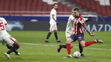 «Атлетико» выиграл у «Севильи», забив два безответных гола