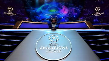 УЕФА назвал команду года