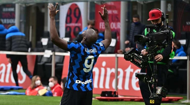 «Милан» крупно проиграл «Интеру» в дерби