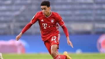 «Бавария» продлила контракт с Мусиалой