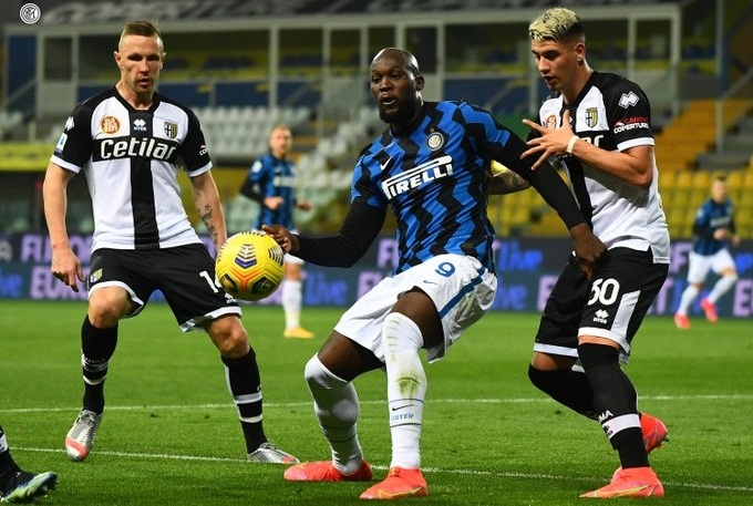 «Парма» - «Интер» - 1:2. Обзор матча и видео голов