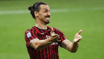 Фото-факт. Ибрагимович подписал новое соглашение с «Миланом»