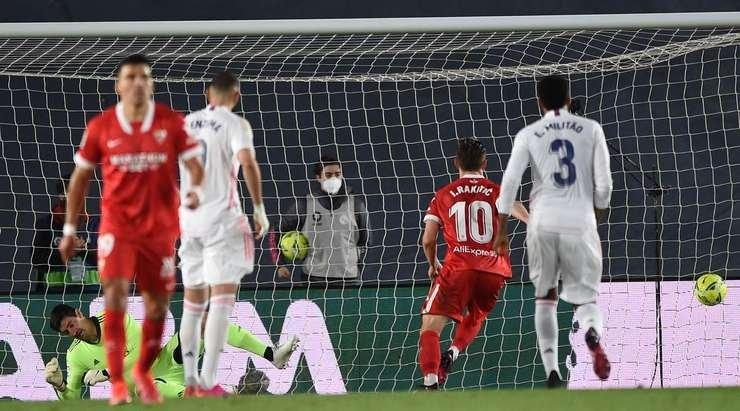 «Реал» спасся в компенсированное время в матче с «Севильей»