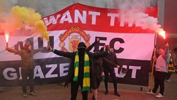 Фанаты «МЮ»: «Глейзеры забрали у клуба миллиард фунтов, мы увидели гниение и упадок»