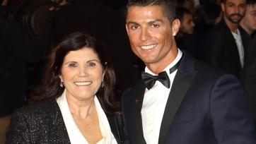 Мама Роналду: «В следующем сезоне он будет играть в «Спортинге»