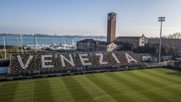 «Венеция» вышла в Серию А, вдевятером играя в финале плей-офф