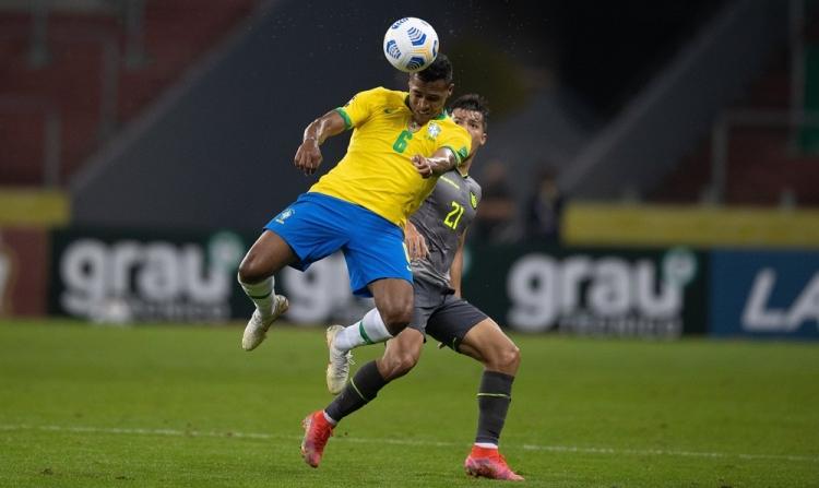 Бразилия – Эквадор – 2:0. Обзор матча и видео голов