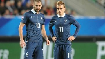 Гризманн и Бензема не тренировались в общей группе сборной Франции