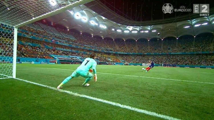 Французы собирают подписи за переигровку матча Франция – Швейцария
