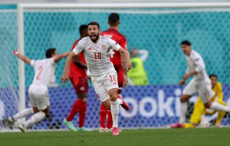 Швейцария – Испания – 1:1 (1:3 пен). Обзор матча и видео голов