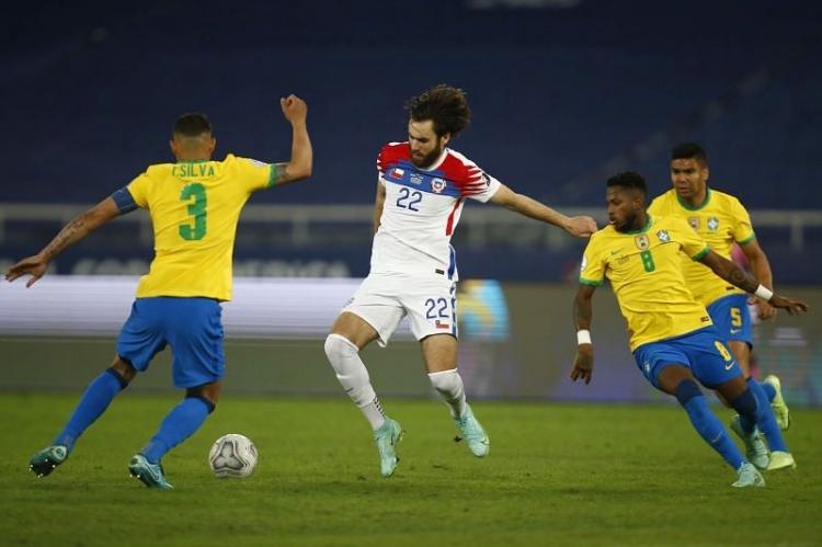 Бразилия – Чили – 1:0. Обзор матча и видео гола