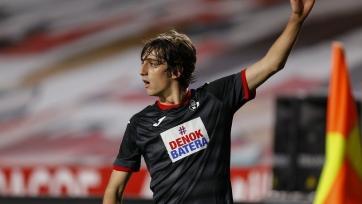 «Тоттенхэм» и «Севилья» объявили об обмене игроками