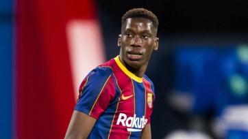 Морибу оскорбляют из-за нежелания продлевать контракт с «Барселоной»