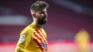 Пике помог «Барселоне» зарегистрировать новичков на сезон