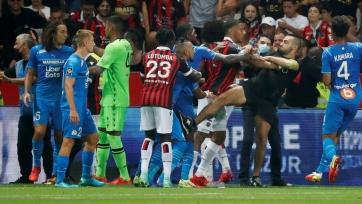 Власти на четыре матча закрыли фанатскую трибуну «Ниццы»