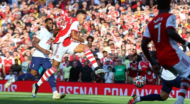 «Арсенал» - «Тоттенхэм» - 3:1. Обзор матча и видео голов