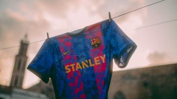 «Барселона» представила комплект формы специально для Лиги чемпионов. Видео